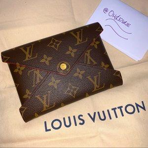Louis Vuitton | Medium Kirigami Pochette